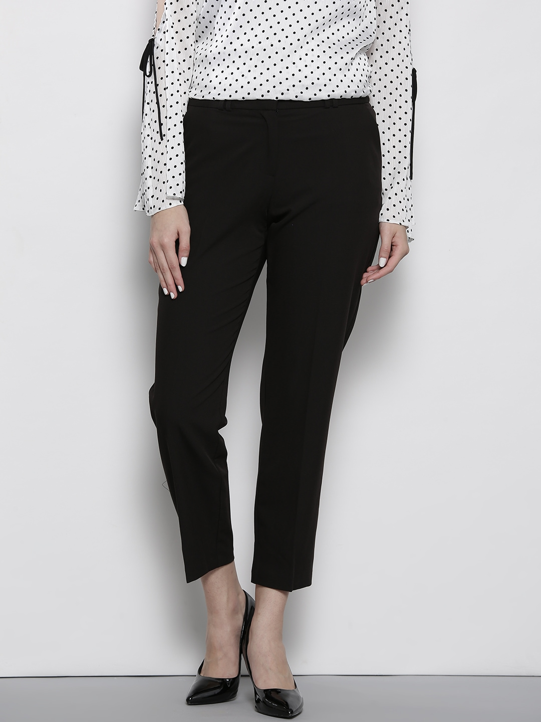 Dorothy Perkins Women Black Cropped Trousers Dorothy