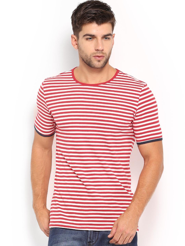 Myntra united colors of benetton men red off white for Online shopping men t shirt