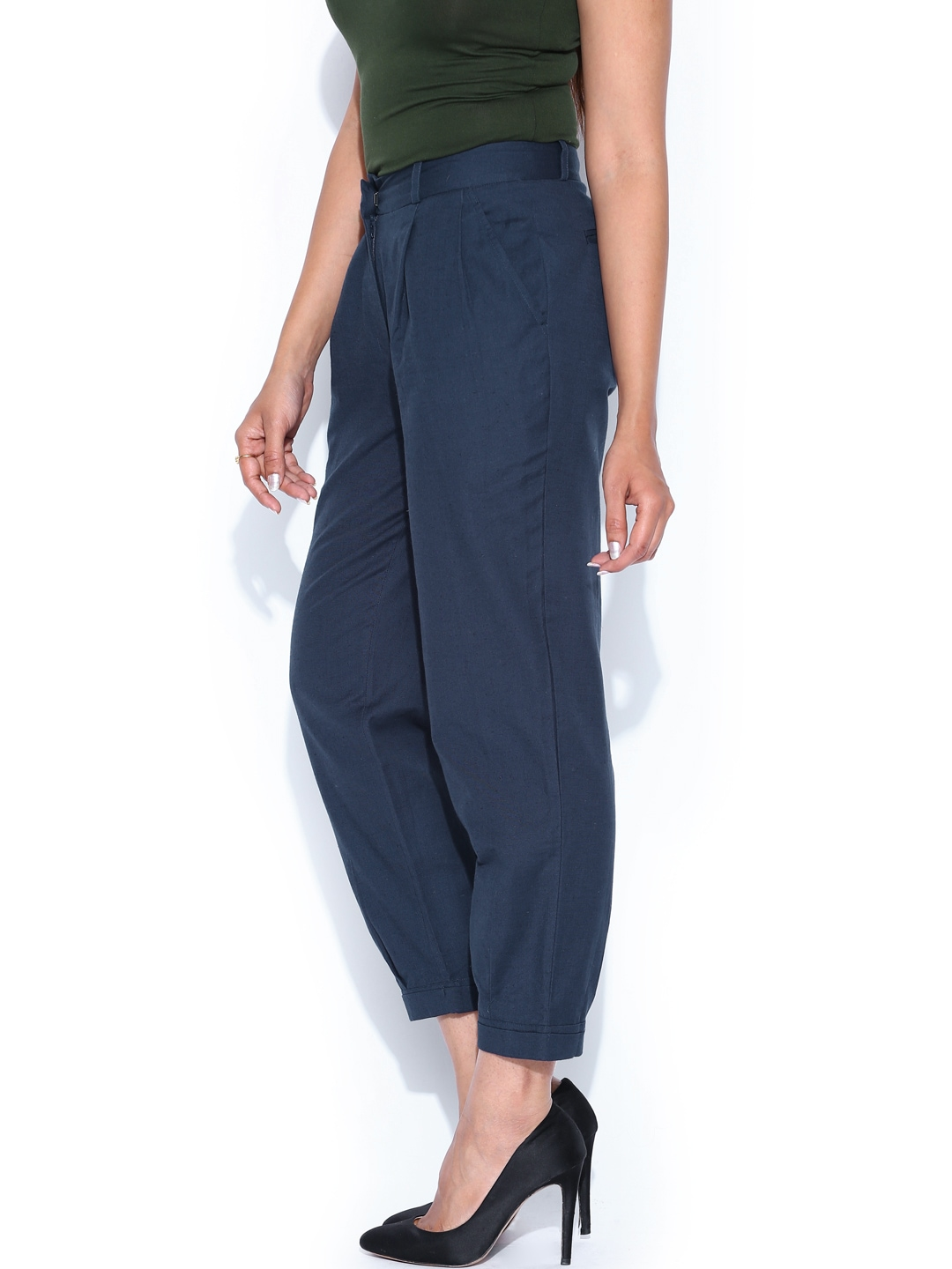 Find women navy linen trousers at ShopStyle. Shop the latest collection of women navy linen trousers from the most popular stores - all in one place.