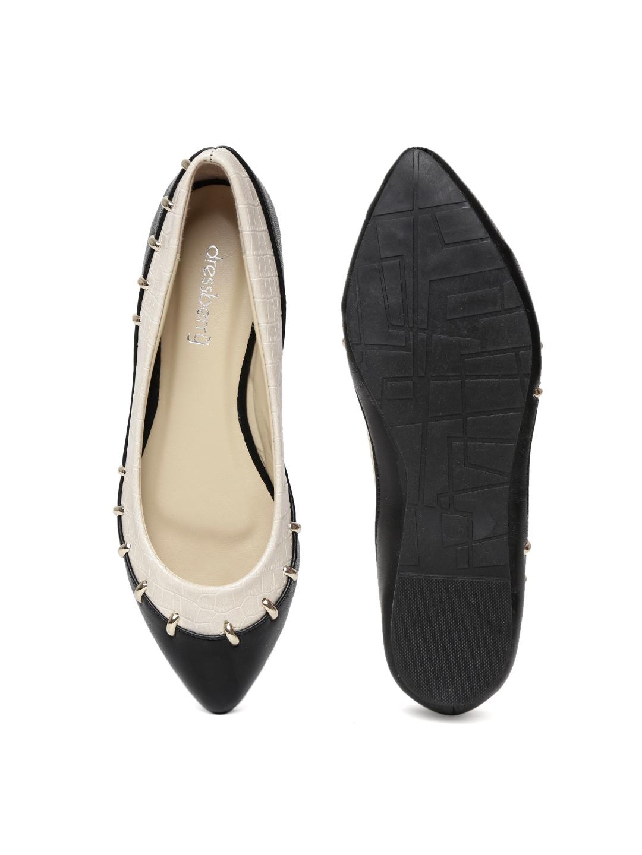 myntra dressberry women beige black ballerinas 579993 buy myntra dressberry flats at best. Black Bedroom Furniture Sets. Home Design Ideas
