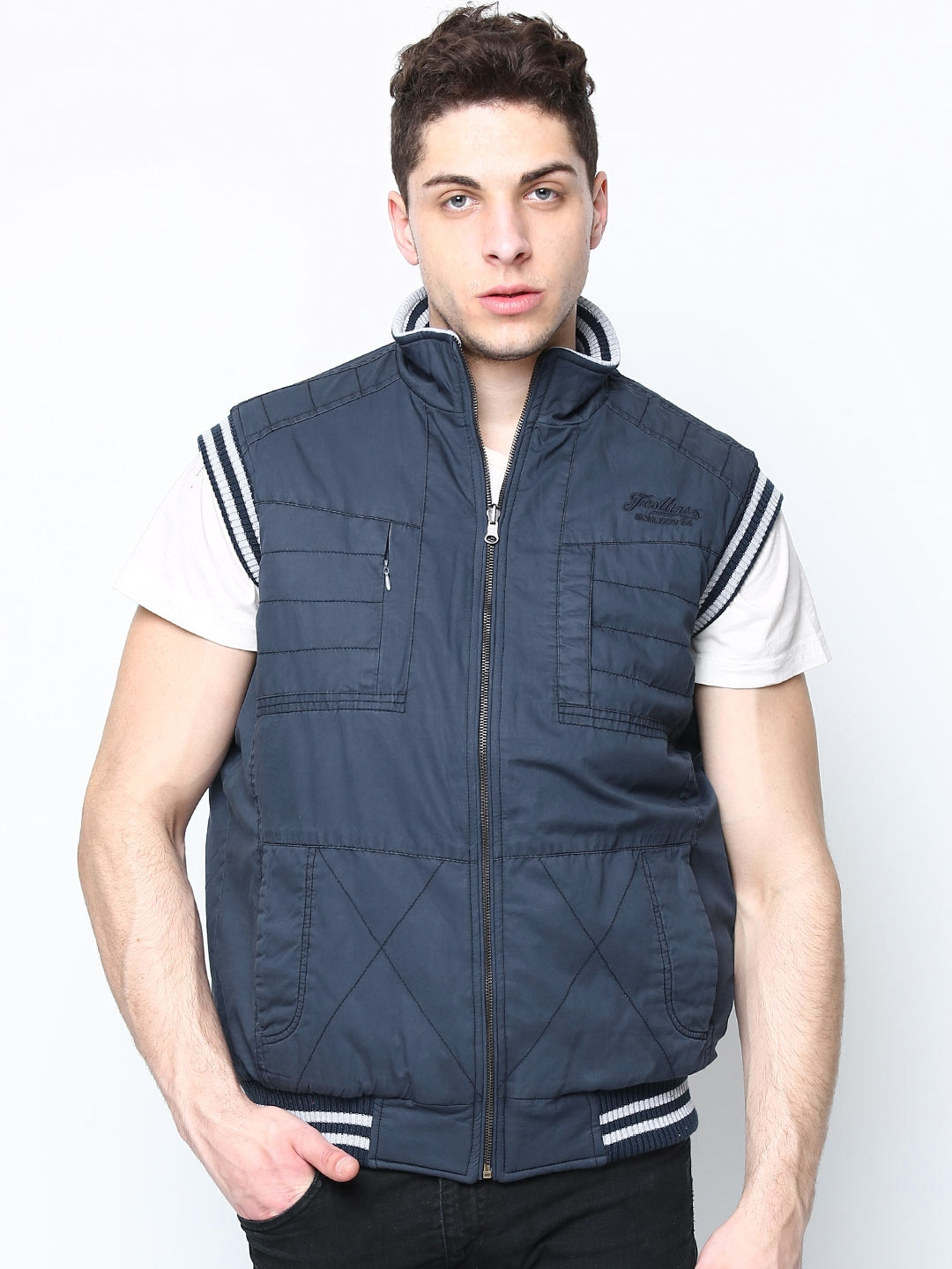 Buying Men's Jackets online Online shopping allows you to buy Denim jackets from brands like Nike, Flying Machine, Peter England, Jack & Jones, Puma, Campus Sutra, Levi's, Mufti, People, Indian Terrain and Caliber India.