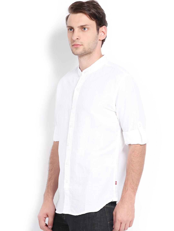 Myntra levis men white linen slim fit casual shirt 613583 for Slim fit white linen shirt