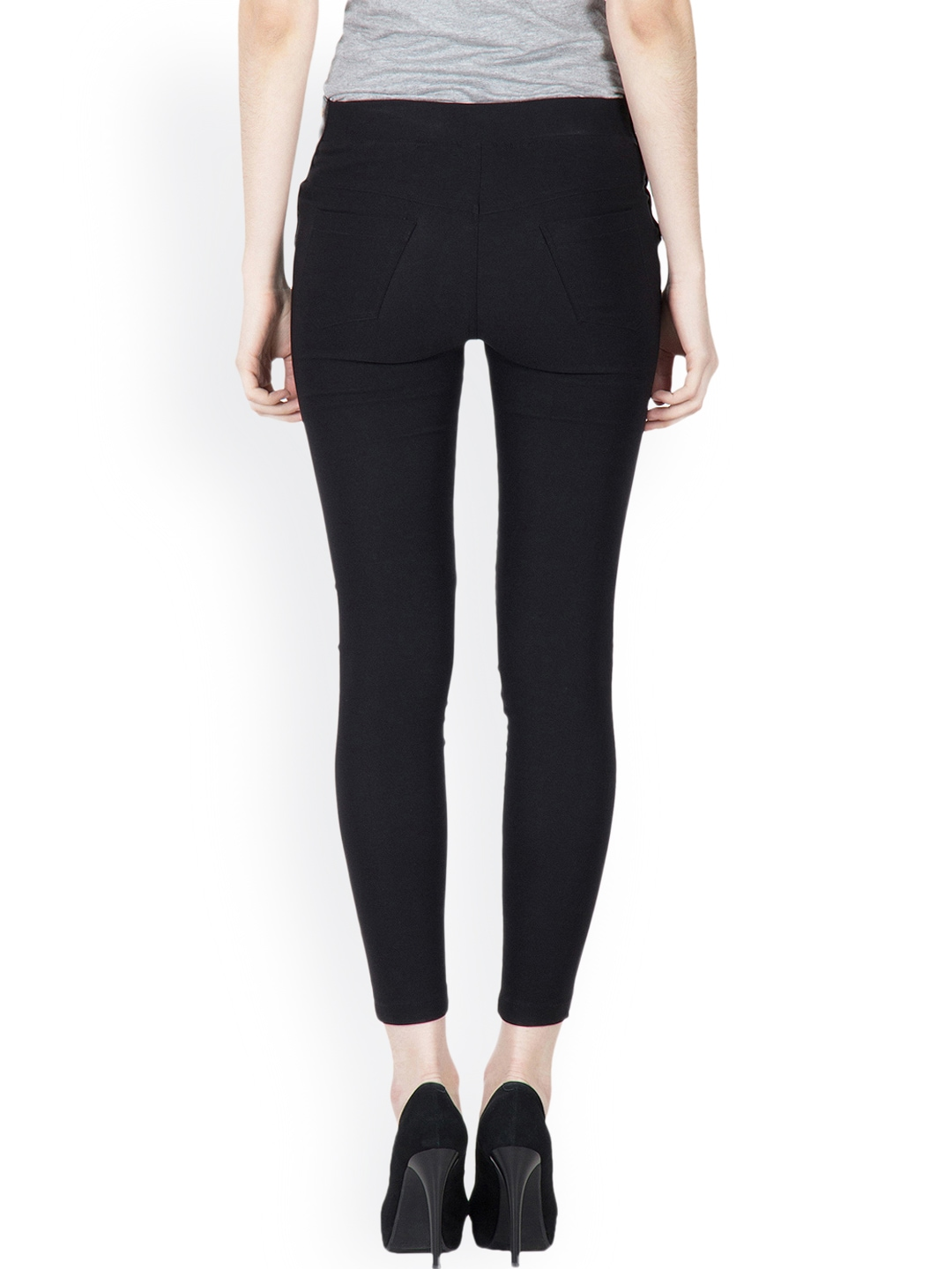 Lakshita offers online shopping for jeggings in India. Browse latest collection of casual jeggings online and buy now at very best prices.