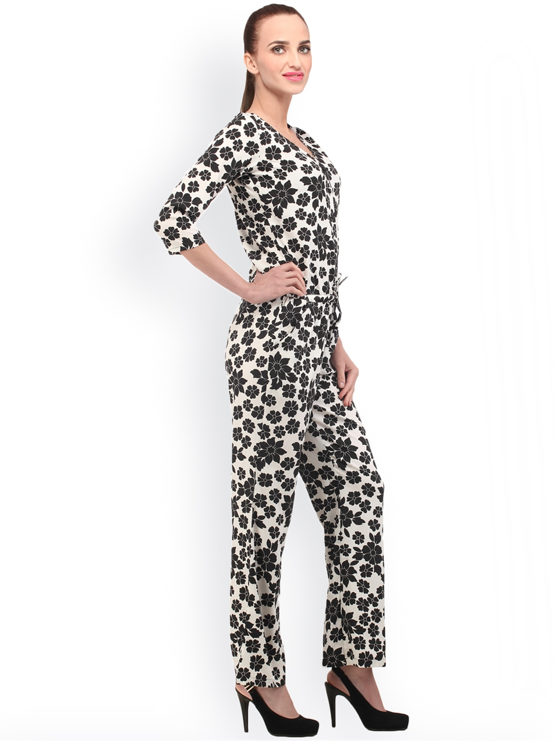 Unique Length 90 Cm Magnificent Womens Printed Satin Jumpsuit  A Stylish Solution That Will Suit Both For Everyday And For Holiday Parties Top With A Collar And Has A Zipper Back And Bottom With Side Pockets The Jumsuit Includes A Satin Belt