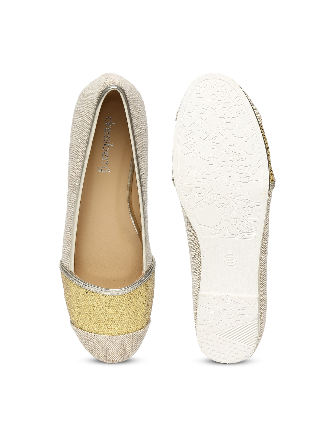 Find the perfect pair of flats at Hudson's Bay. Beige, brown, black, silver, pink, nude and more colours! Free shipping on orders over $