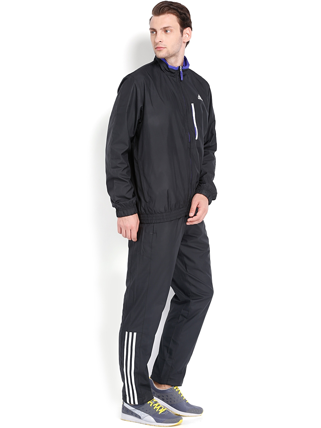 Performance tracksuits Training jackets and track pants that easily pack into themselves will lighten your load, on-the-go. Lightweight, full-zip track jackets designed with climalite® sweat-wicking fabric regulates your body temperature, keeping you cool and dry so you can stay focused on the ball.