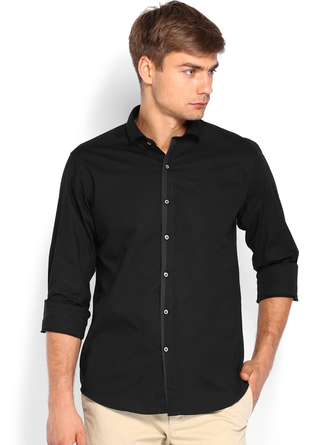 5 Best Smart Casual Menswear Combinations. Sweatshirt and Shirt – Match the jumper with a crisp dress or oxford shirt to nail the smart casual style. Smart casual is easy to grasp with just a few simple pieces So, the men's smart casual dress style isn't too tricky after all, and with so many combinations, there's no excuse for.