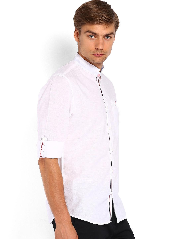 Myntra van heusen sport men white slim fit linen casual for Slim fit white linen shirt