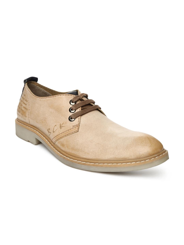 myntra buckaroo brown leather casual shoes 674065