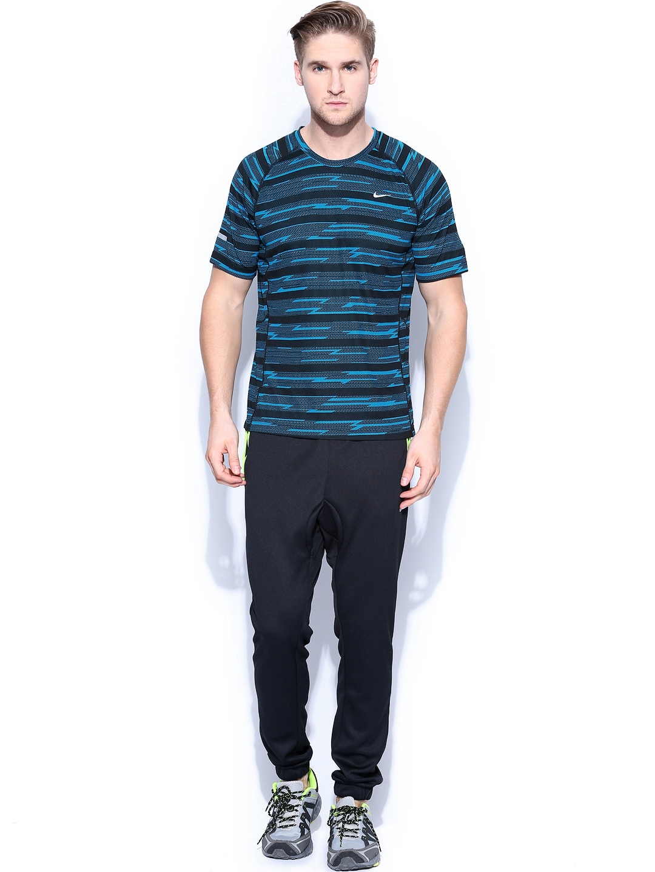 Myntra nike men blue black printed t shirt 678066 buy for Nike t shirt price