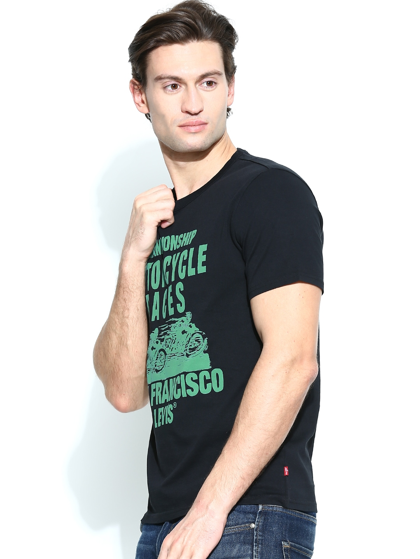 Myntra levis men black printed t shirt 682792 buy myntra for Mens black levi shirt