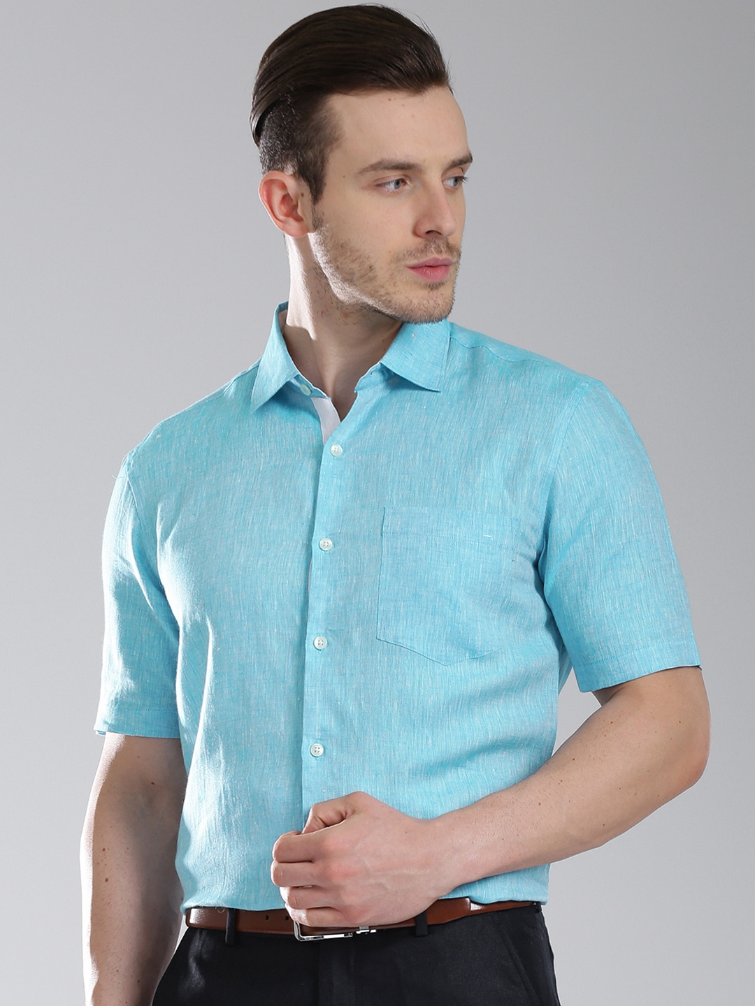 Myntra invictus men blue half sleeve tailored fit linen for Best online tailored shirts