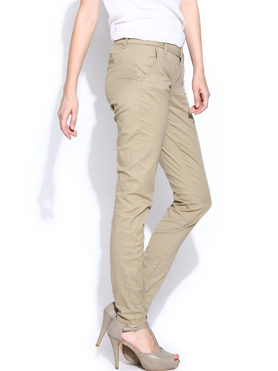 Beige Palazzo Pants ($ - $): 30 of items - Shop Beige Palazzo Pants from ALL your favorite stores & find HUGE SAVINGS up to 80% off Beige Palazzo Pants, including GREAT DEALS like Plus Size White Mark Print Palazzo Pants Beige.