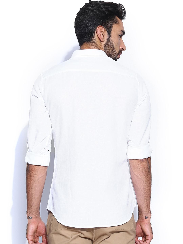 Myntra sisley men white linen slim fit smart casual shirt for Slim fit white linen shirt