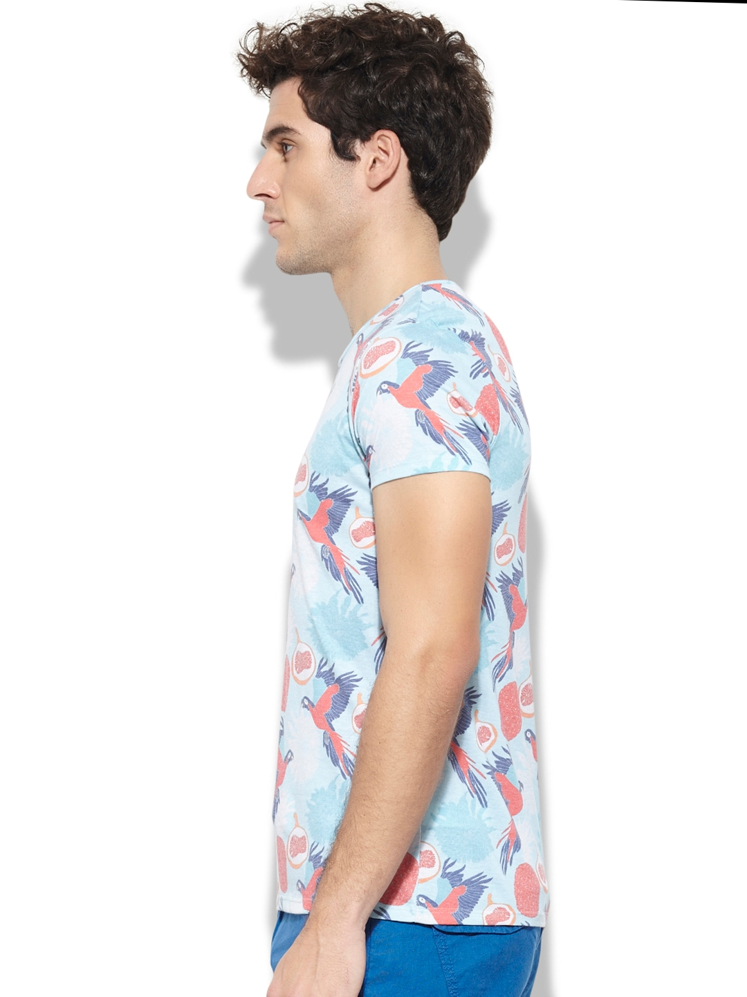 Myntra united colors of benetton men blue printed t shirt for Shop online benetton