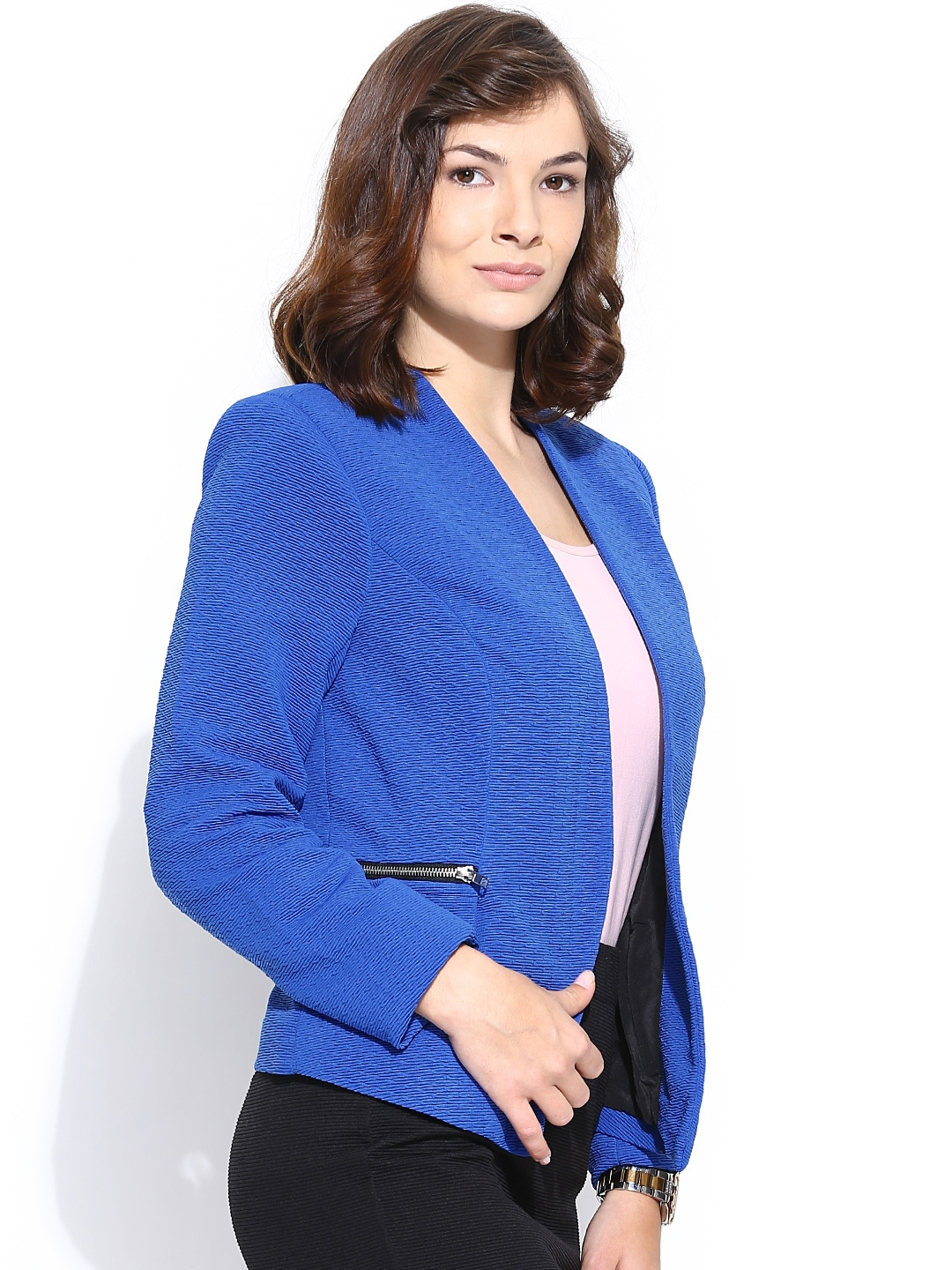 Women's Blazers Our Maxwell Park women's blazer is a rugged fully lined blazer, available in a multitude of colors, Sizes in Petite, Regular & Long lengths. Wrinkle Resistant, machine washable.