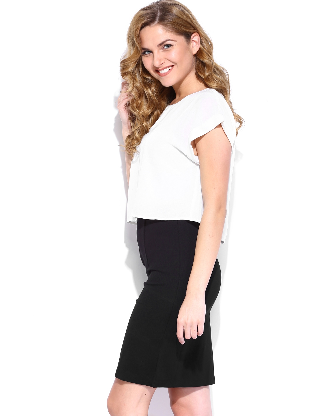 Myntra united colors of benetton white black tailored for Shop online benetton