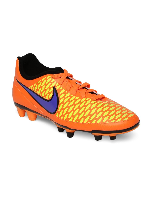 ea3a1691e26e93 ... black and gold. myntra kids nike boots football
