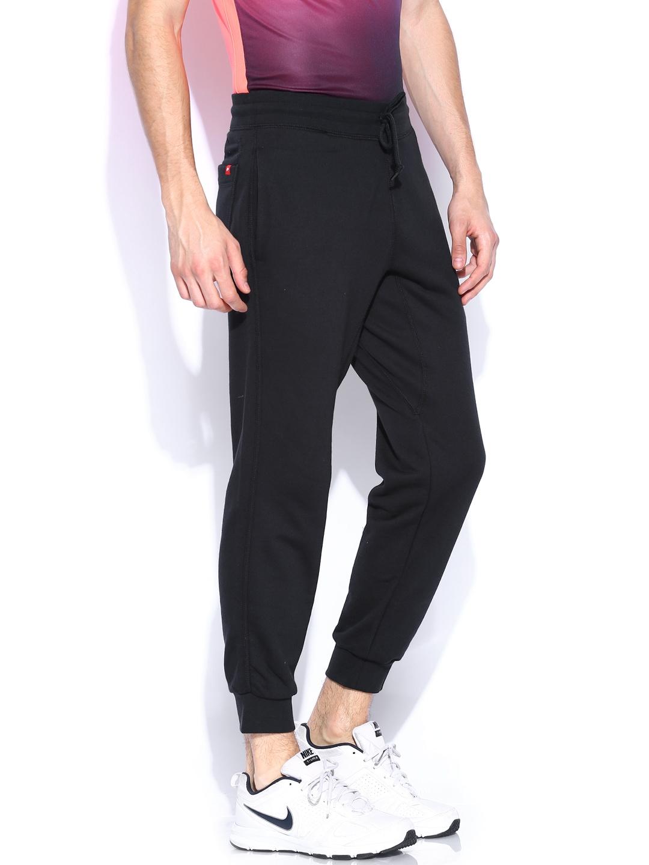 Luxury Wiggle  Nike Women39s Lux Slim Track Pants  SU14  Running Trousers