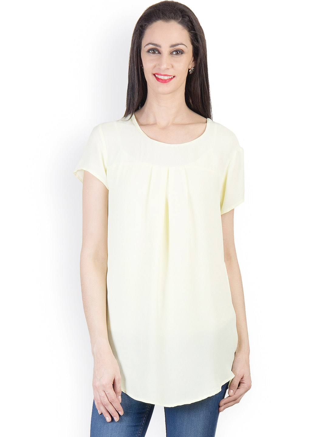 We offer a diverse selection of designer women's tops and women's blouses in various colors and styles. Every piece features a signature cut and is made from high-quality fabrics. This season's women's tops online feature floral motifs, Off Shoulder, embroidery trends,Ruffles and Frills.