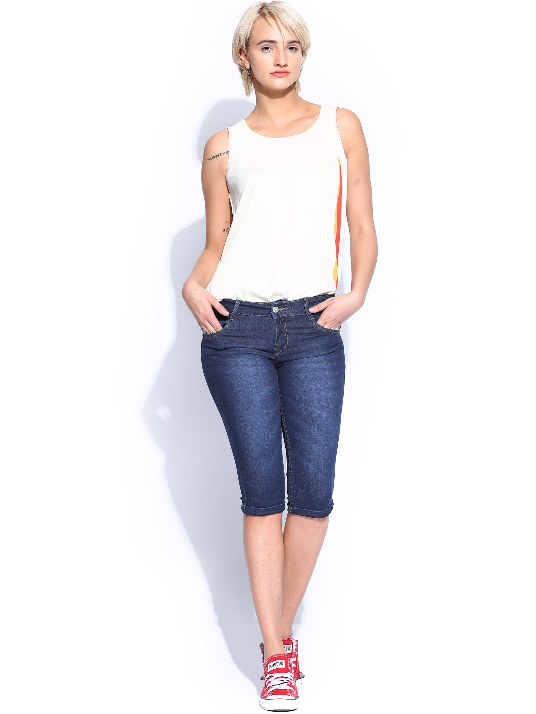 Myntra Kraus Jeans Women Blue Denim Capris 751172 | Buy ...