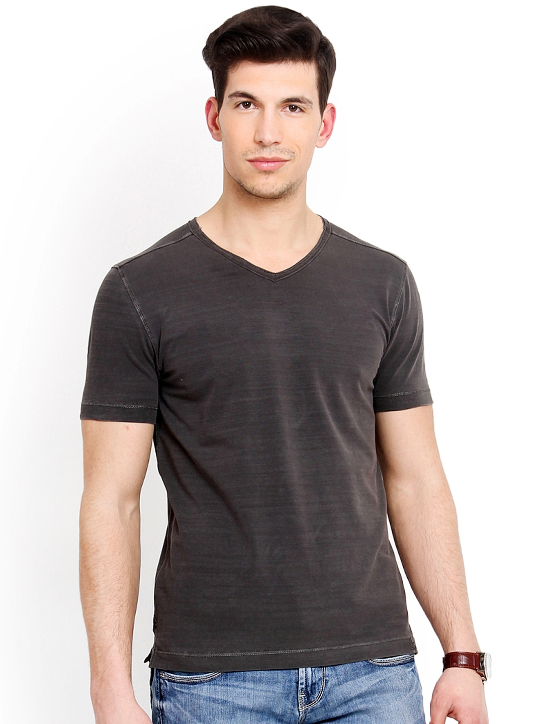 Myntra smokestack men charcoal grey custom fit t shirt for Custom fit t shirts