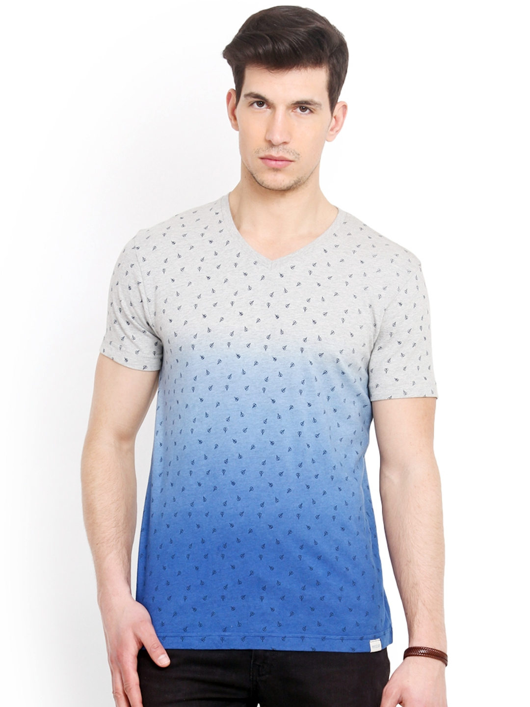 Myntra smokestack men grey blue printed ombre dyed for Custom fit t shirts