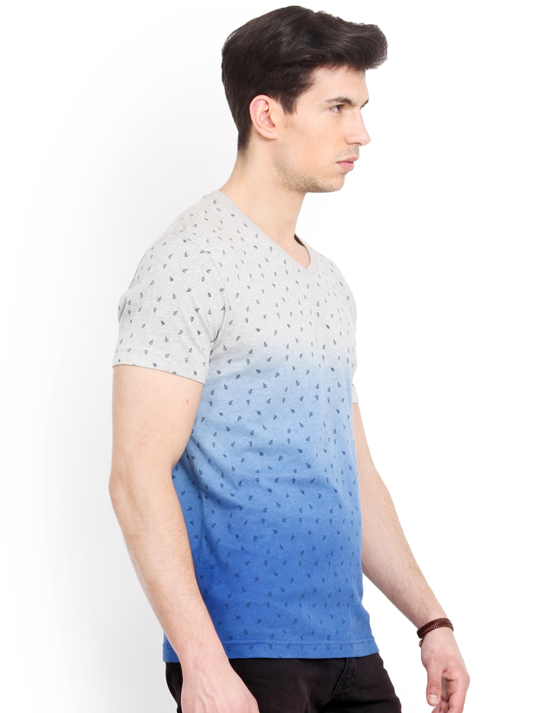 Myntra smokestack men grey blue printed ombre dyed for Fitted t shirt printing