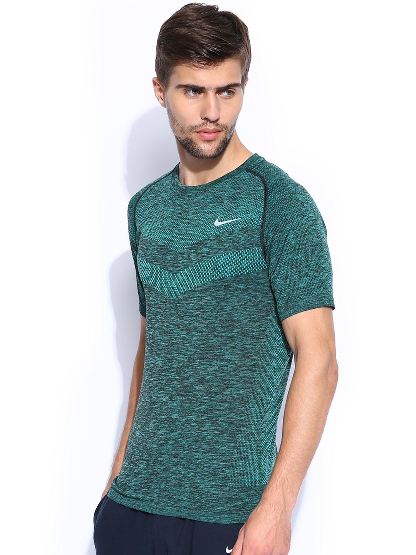 Myntra nike green black running t shirt 788261 buy for Nike t shirt price