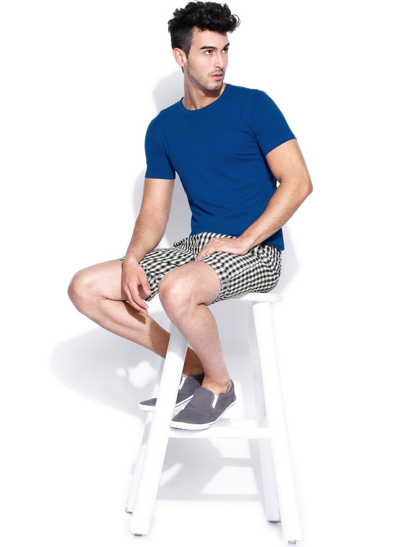 myntra jack jones beige navy checked shorts 809121. Black Bedroom Furniture Sets. Home Design Ideas