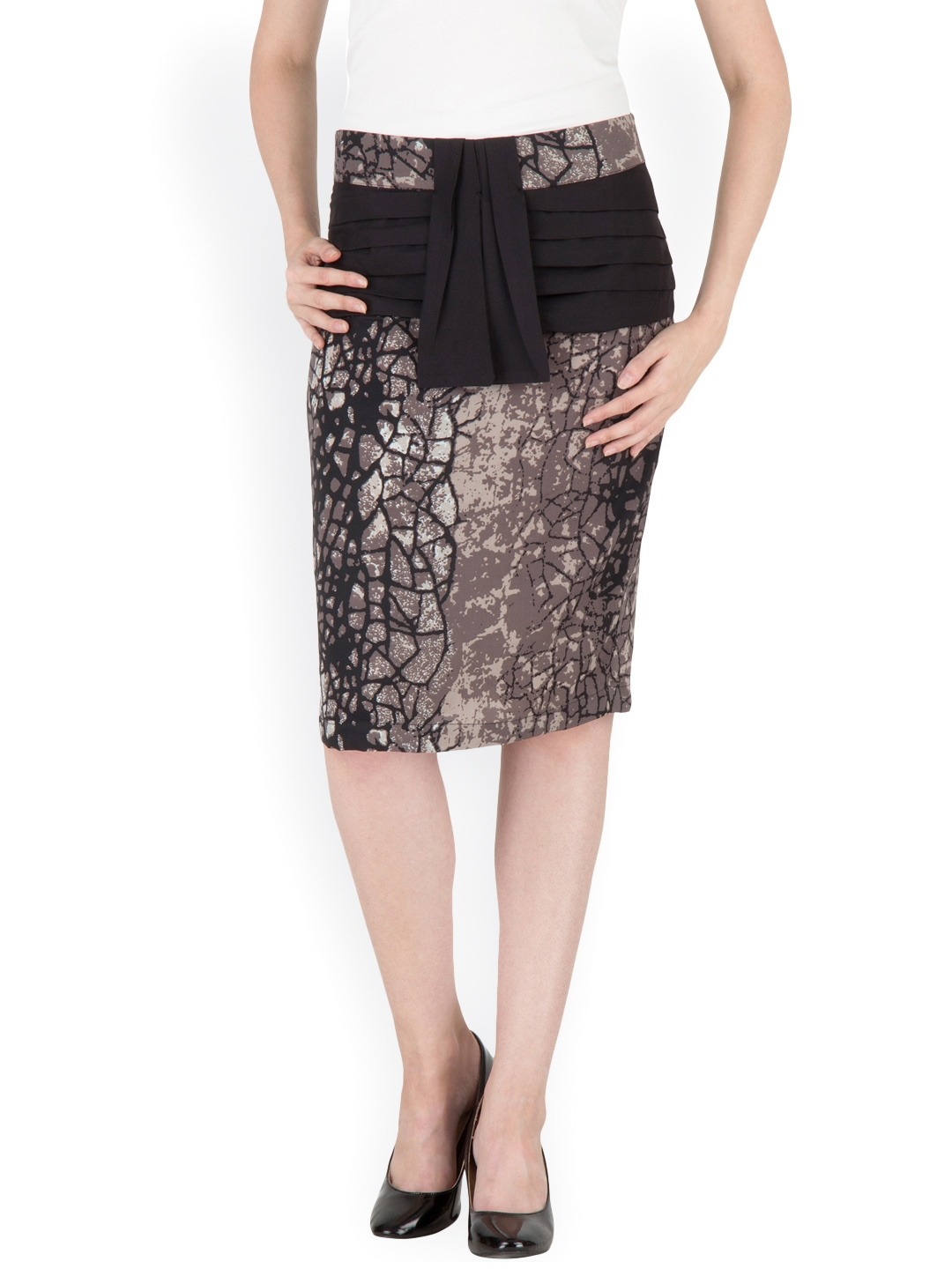 Shop the latest trends in women's skirts at Express! For an outfit that is perfect for any event, shop our variety of party, casual and wear to work skirts Skirts - Pencil Skirts, Going Out & Casual.