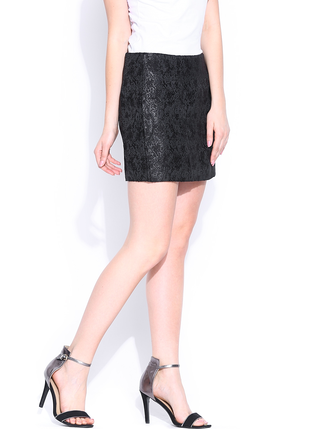 Shop jacquard pencil skirt at Neiman Marcus, where you will find free shipping on the latest in fashion from top designers.