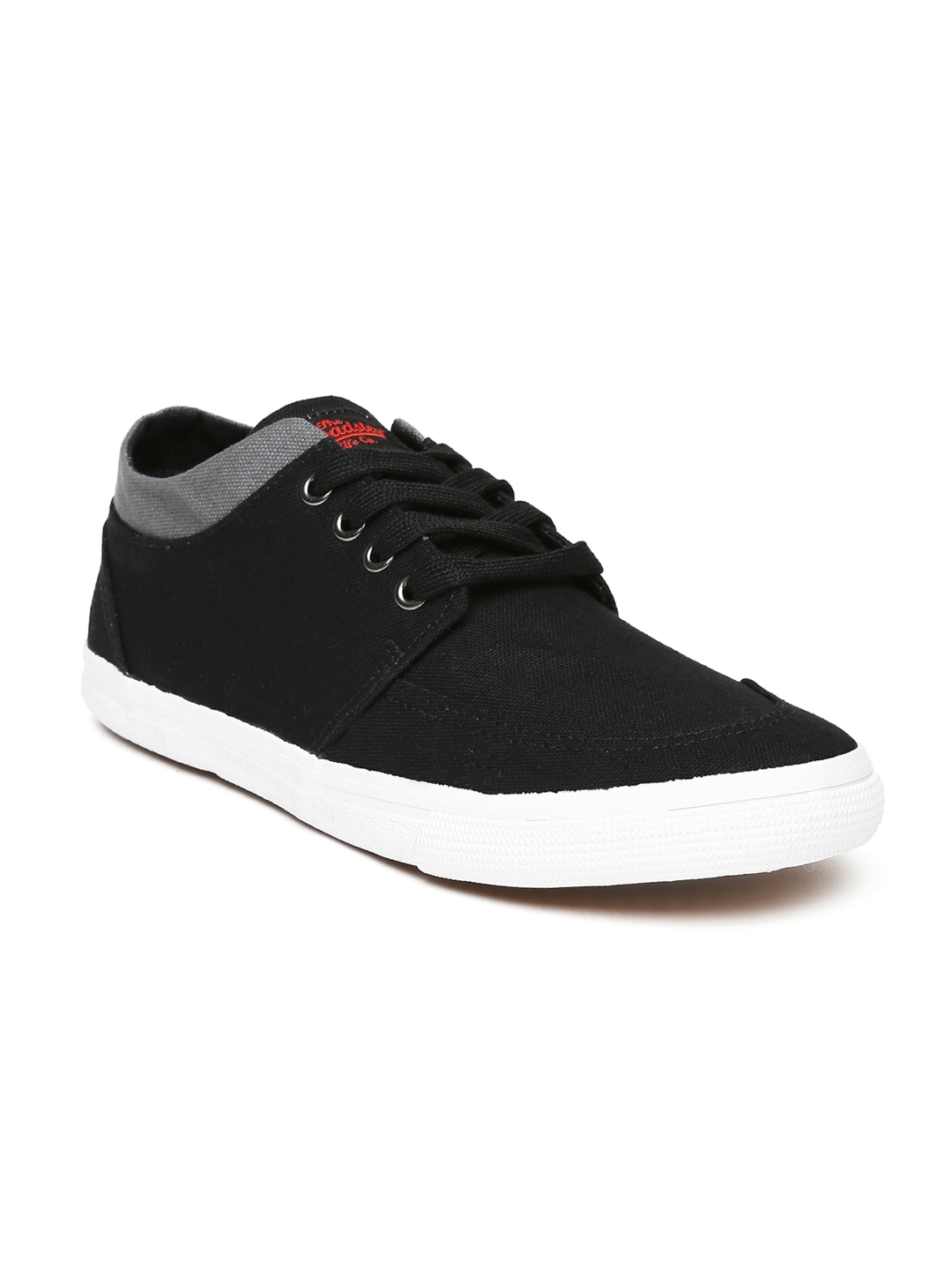 myntra roadster black casual shoes 851542 buy myntra