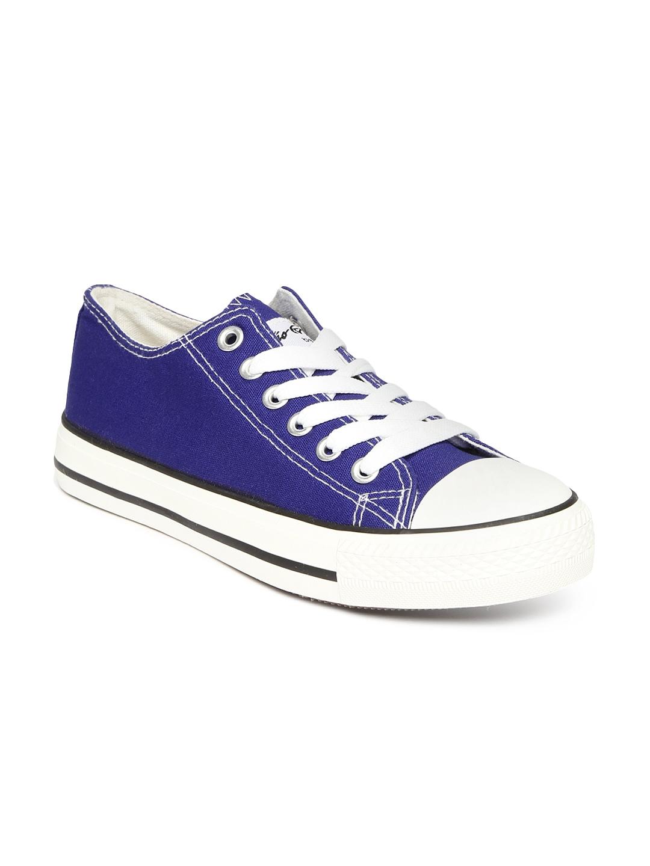 myntra boltio blue canvas shoes 875353 buy myntra
