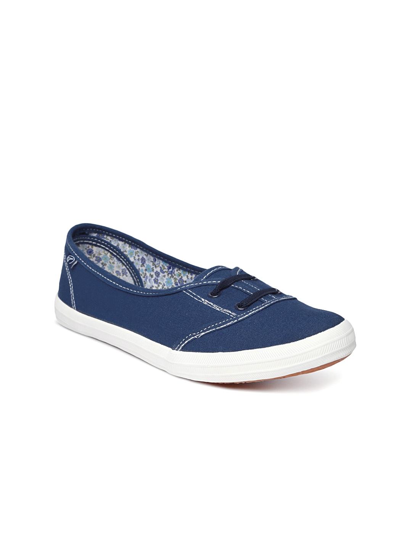 myntra boltio navy casual shoes 875383 buy myntra