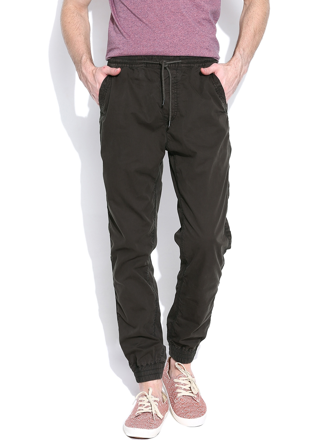 Myntra United Colors of Benetton Men Grey Carrot Fit Trousers 386954