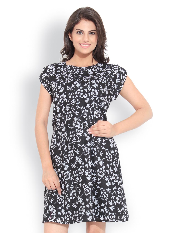 myntra bella rosa black printed dress 327648 buy myntra bella rosa dresses at best price. Black Bedroom Furniture Sets. Home Design Ideas