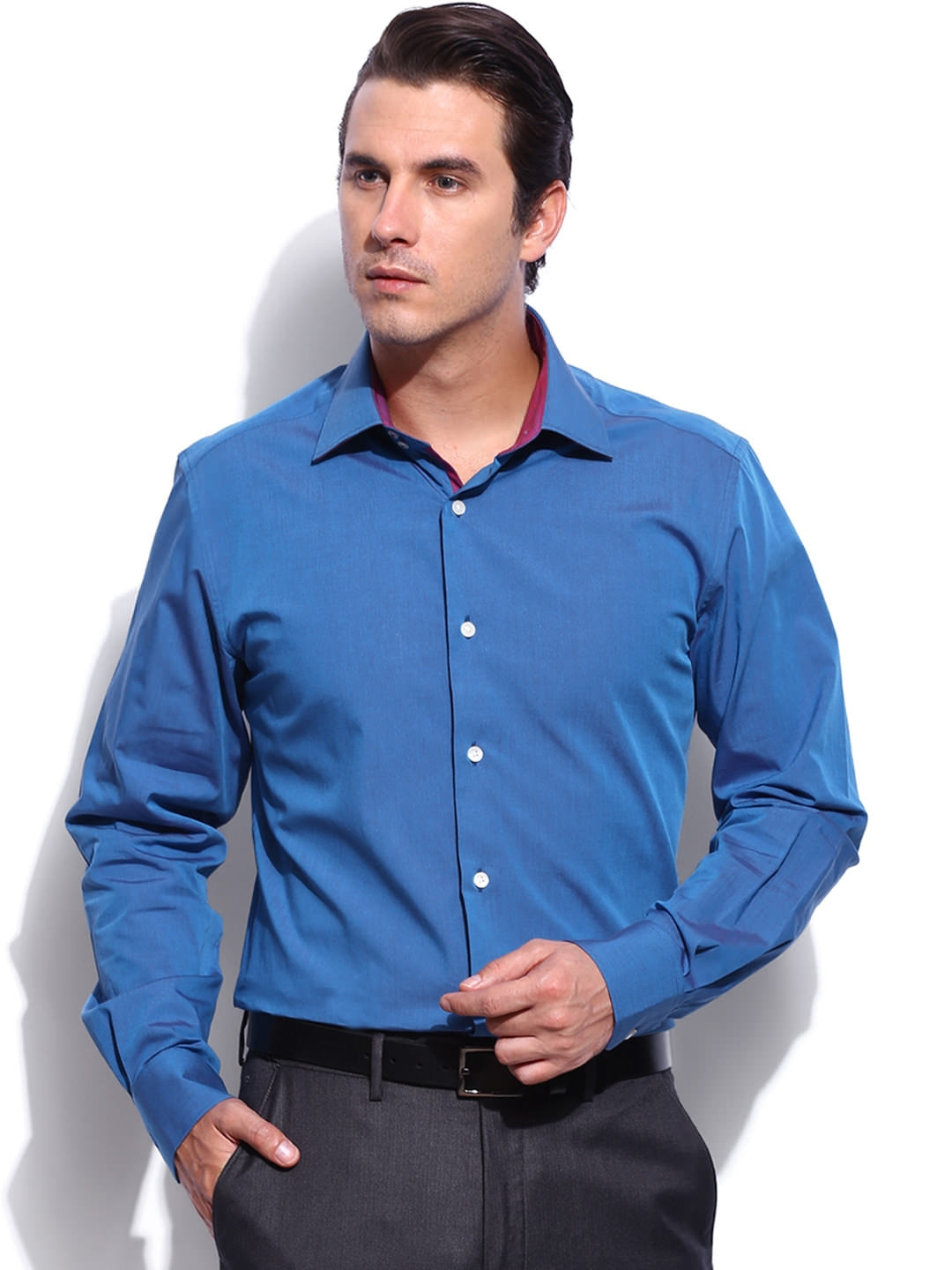 Myntra Invictus Men Blue Tailored Fit Formal Shirt 452663