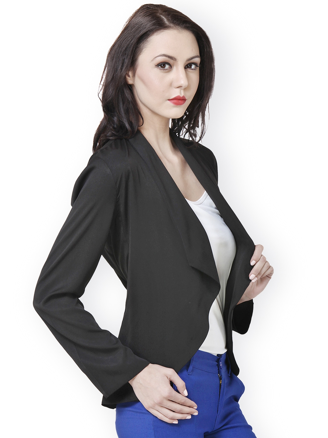 The boyfriend blazer, for example, is a long blazer that is intentionally oversized, akin to a man's fit. The jersey blazer is another variation with more slack in the fitting. A tweed blazer is a classic choice for a truly up-town feel.