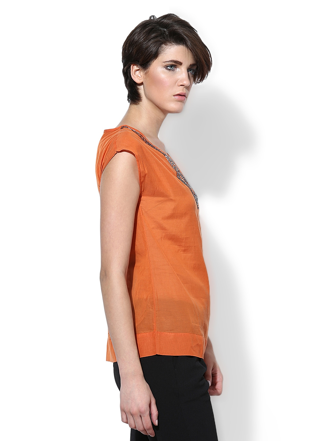 Find a great selection of Orange women's tops and blouses at Dillards. Offered in the latest styles and materials from tunics, tanks, camisoles and poncho Dillards has you covered.