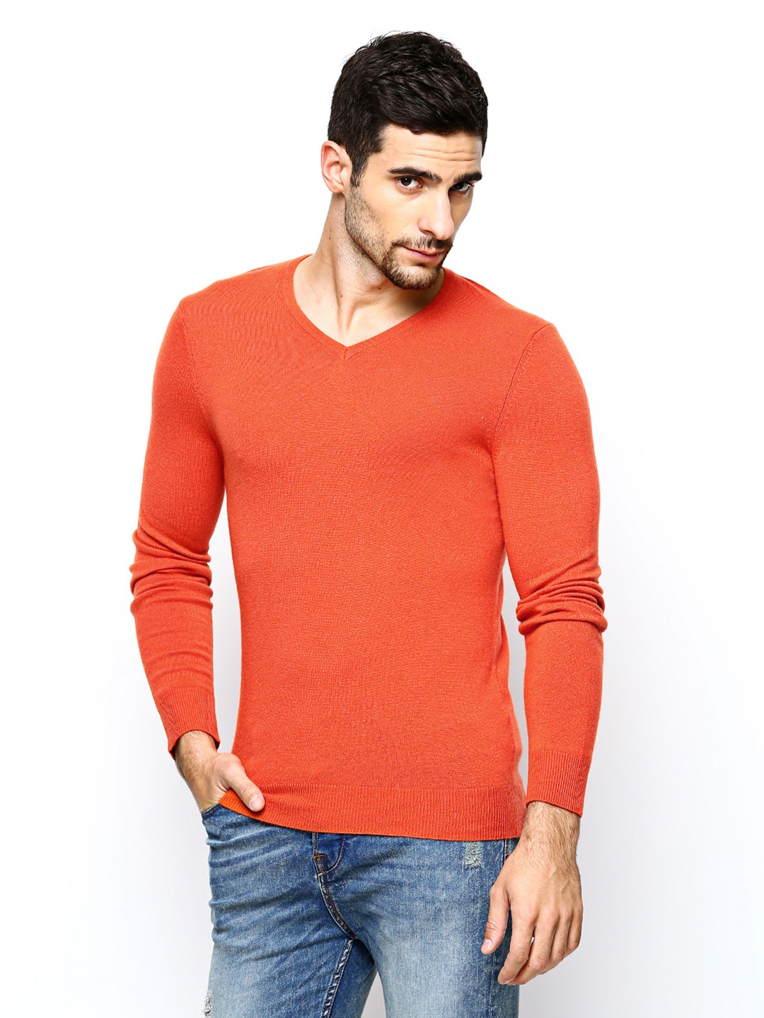 Discover the latest range of men's knitwear with ASOS. Choose from men's sweaters, pullovers and cardigans in a range of styles and colors. Shop now at ASOS.