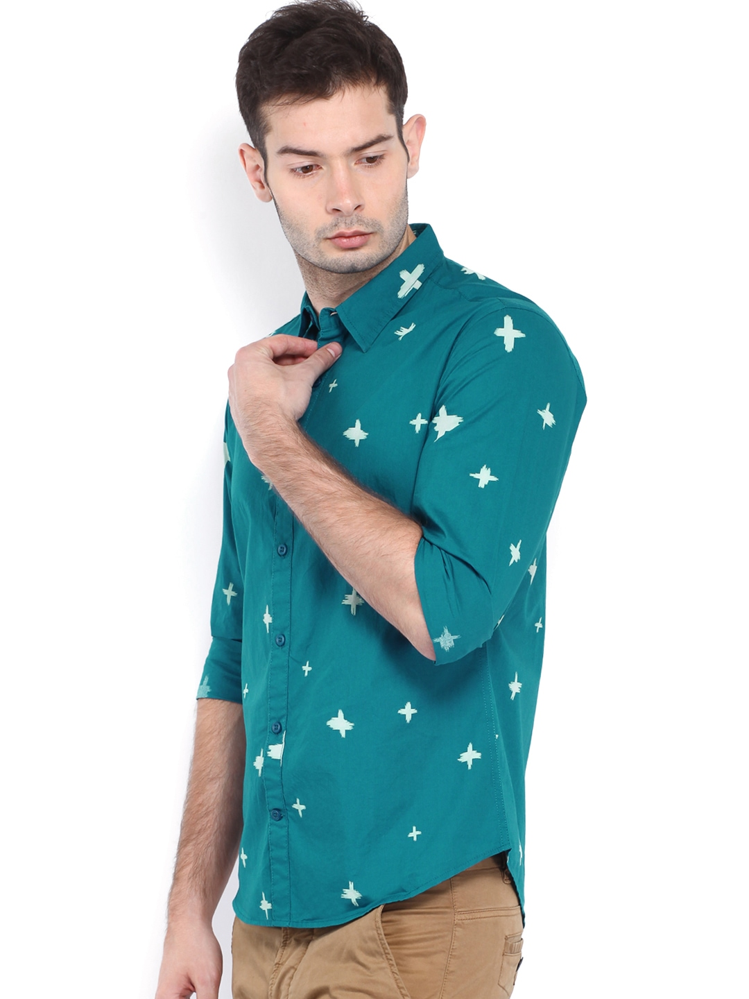 Myntra united colors of benetton men teal blue printed for Teal mens dress shirt