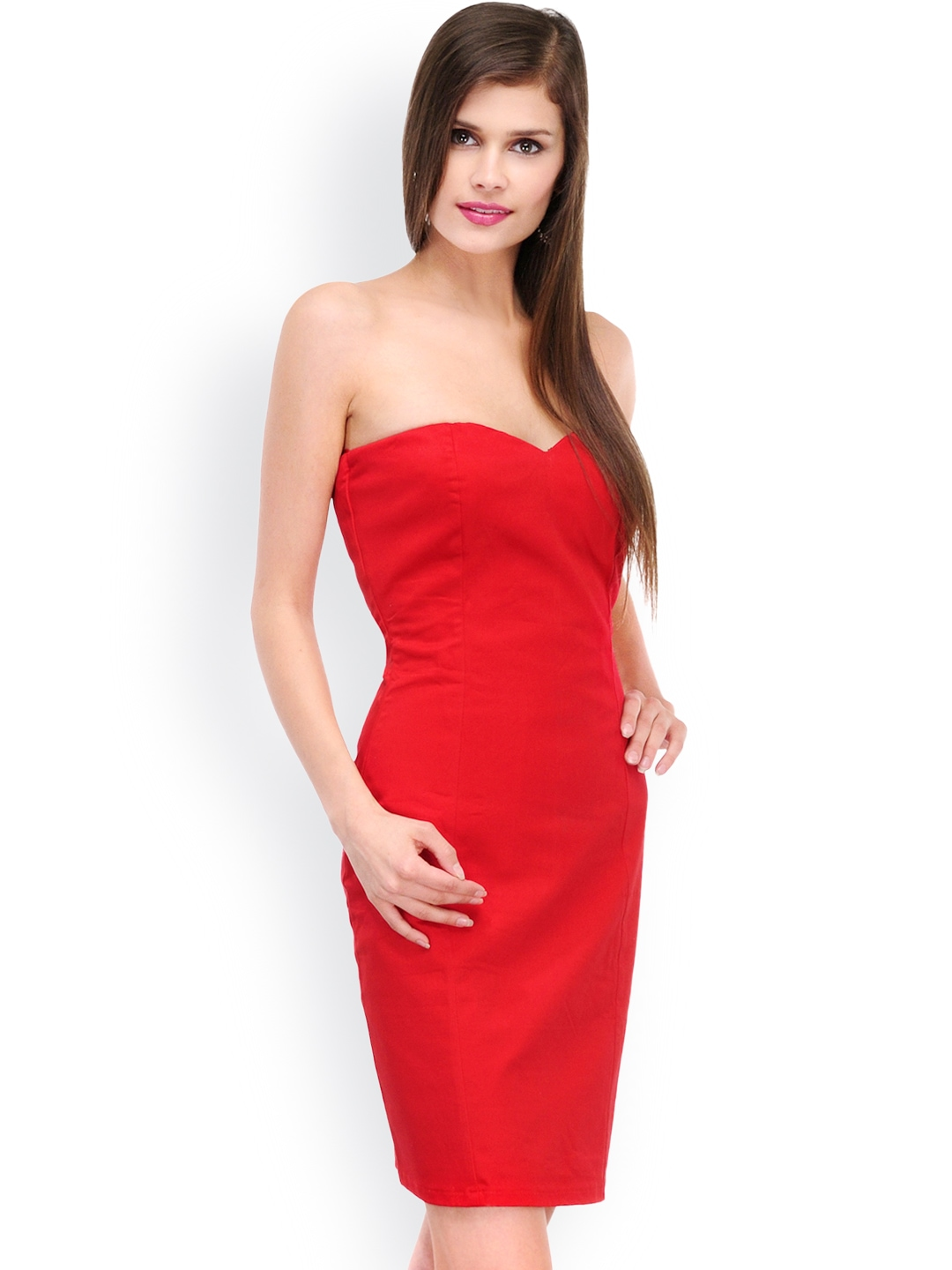 XOXO is an online designer store offering designer dresses online in India for women. Now buy designer clothing online without any hassle. We deliver all over India.