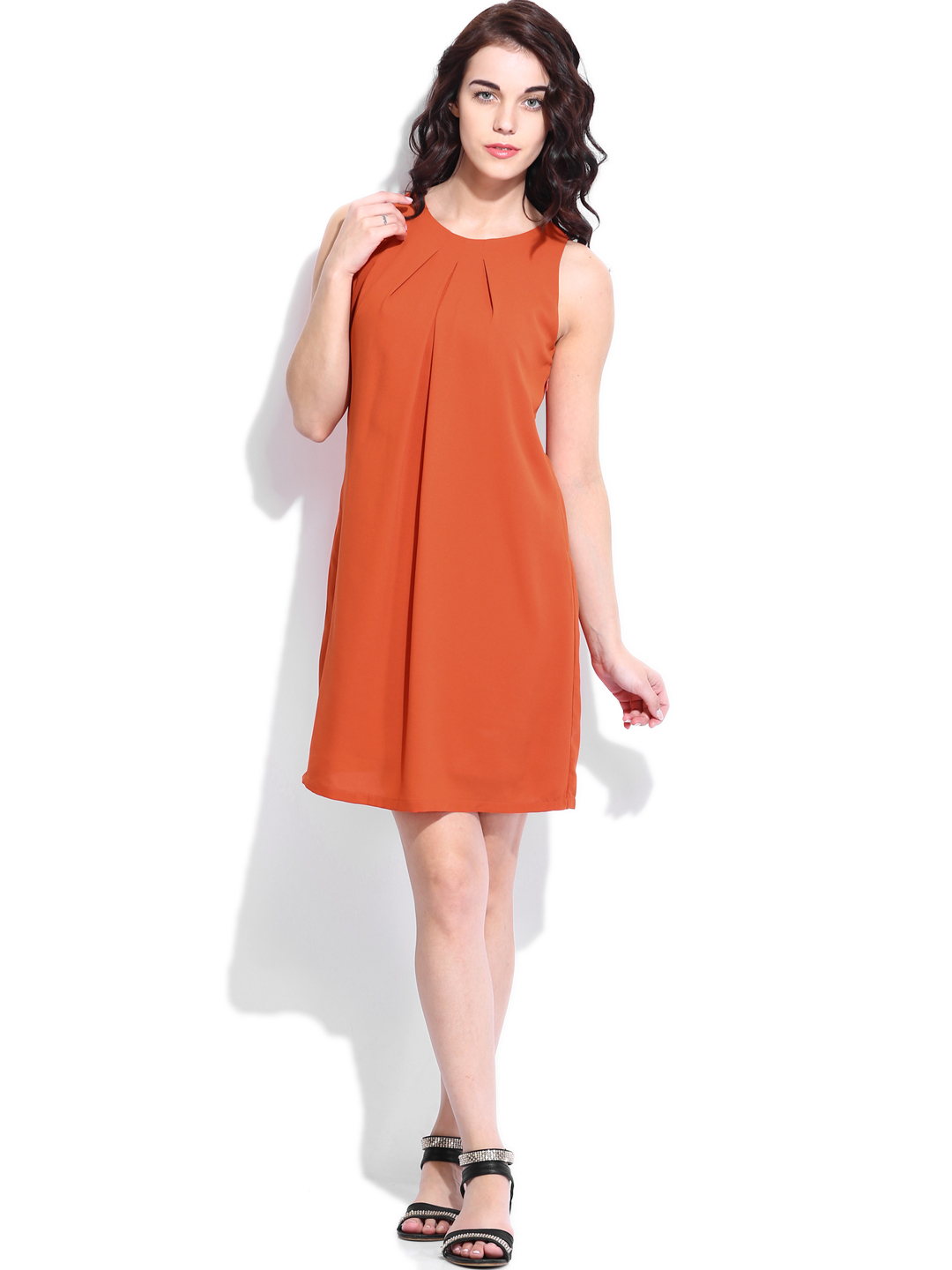 Elegant Van Heusen, Better Known For Its Range Of Mens Clothing And Formal Wear, Is Finding The Market In Metros Saturating The Brand Recently Launched A Range Of Clothing For Women, With Focus On