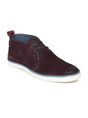 Levis Men Burgundy Suede Casual Shoes