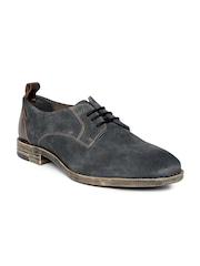 Levis Men Charcoal Grey Suede Casual Shoes