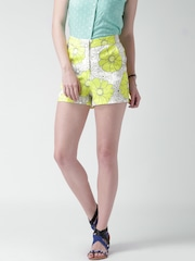 Mast & Harbour Yellow & White Floral Print Shorts