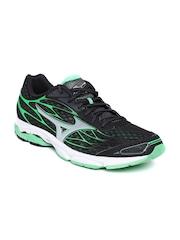 Mizuno Men Black Wave Catalyst Running Shoes