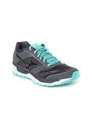 Mizuno Women Grey Sports Shoes