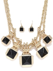 DressBerry Gold-Toned & Black Stone-Studded Jewellery Set